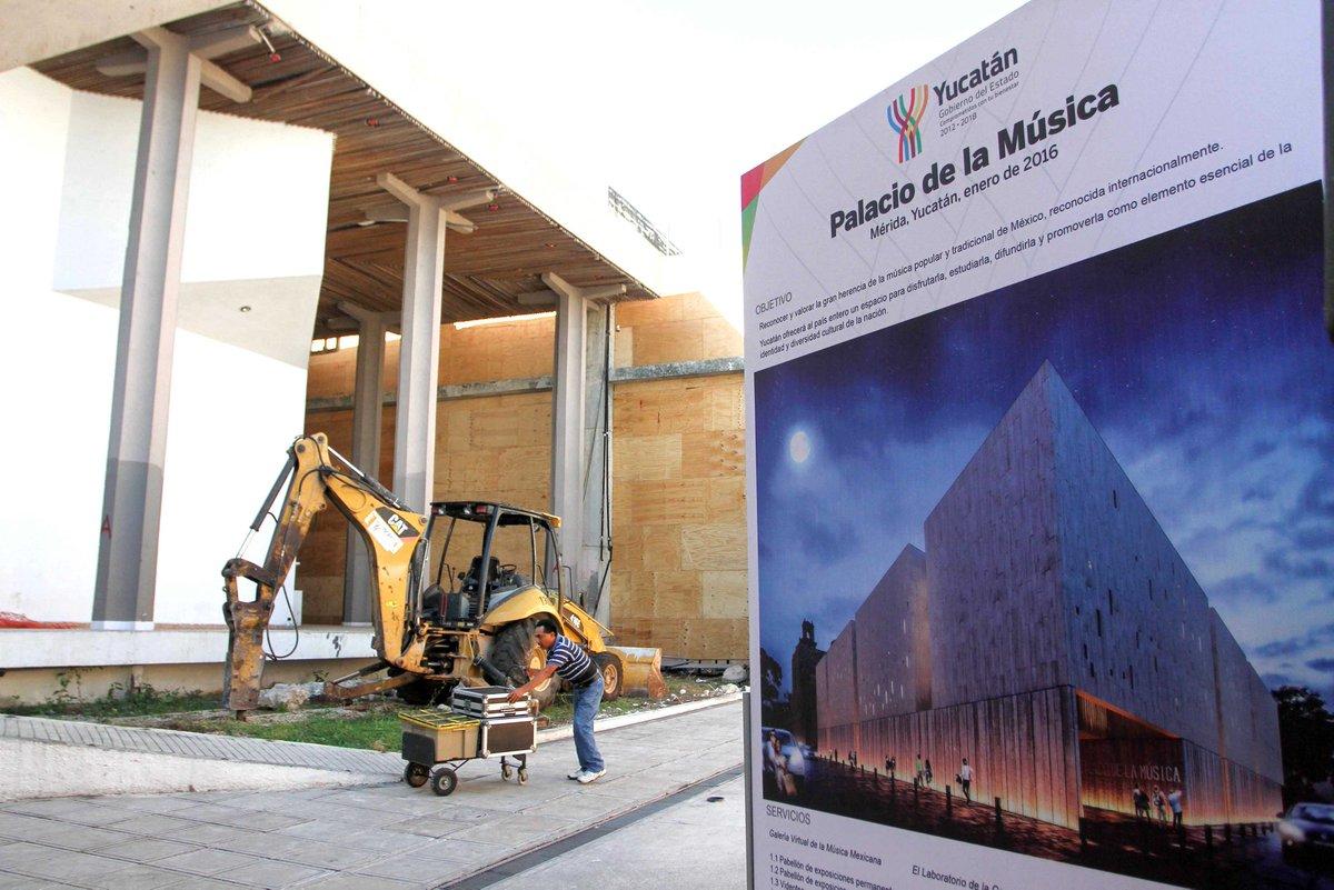 Inician los trabajos de construcci n del palacio de la for Construccion de piscinas merida yucatan