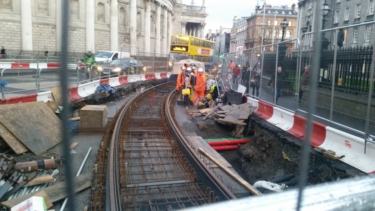 Tramlines return to College Green, 67 years after they were removed #Dublin https://t.co/G6vLAffmlq