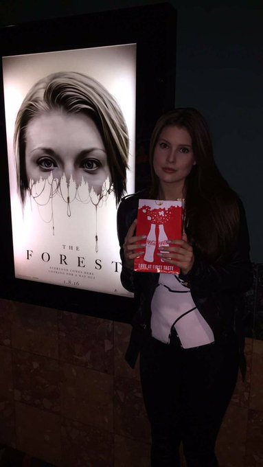 I WAS SO FREAKIN' SCARED THIS ENTIRE MOVIE! #TheForestIsReal #Ad ?????? https://t.co/C7JdwhT3nY