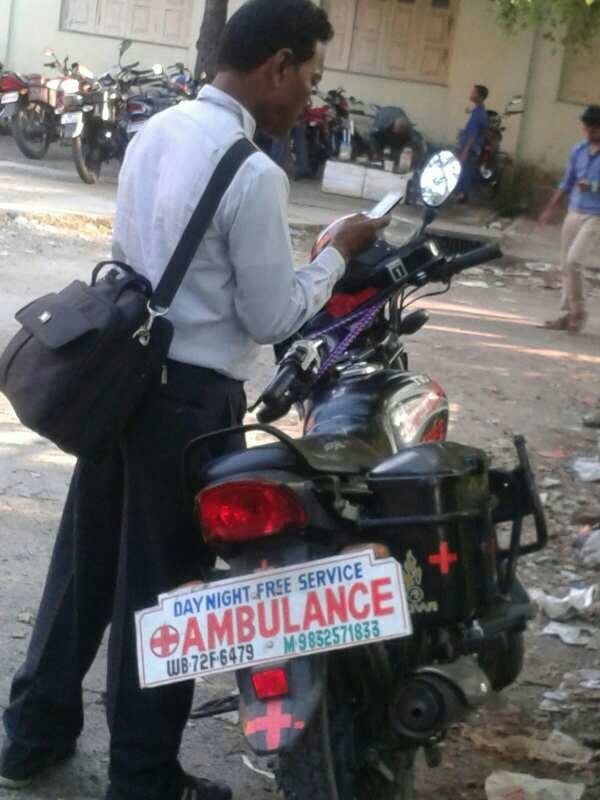 He runs an Ambulance for the needy and poor people in remote areas of Jalpaiguri totally free of cost on his bike. https://t.co/vWu4VjNNJu