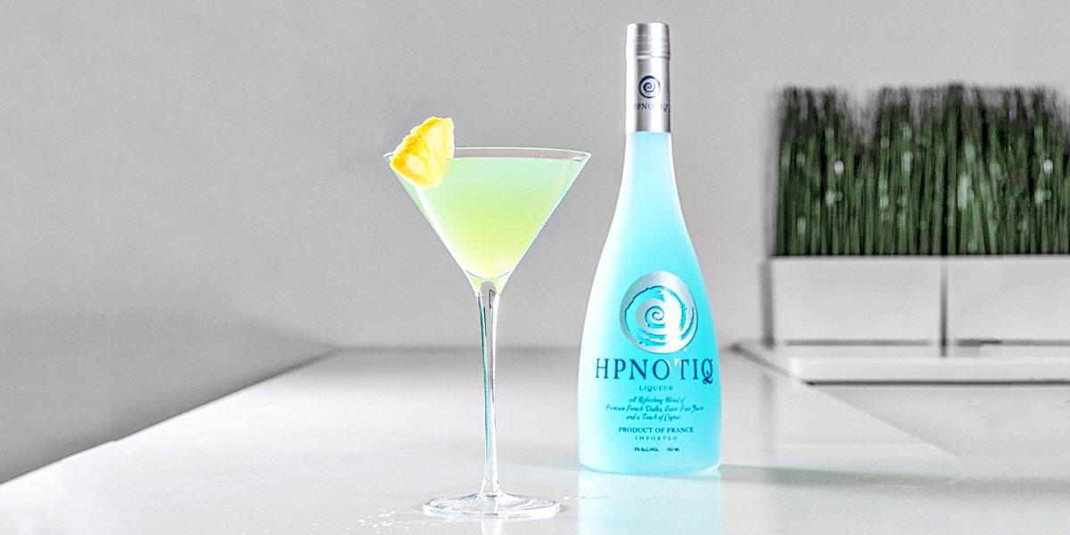 Like @1future said, you deserve it.  Liquid Massage:   1.5 oz Hpnotiq 1.5 oz Orange Vodka Splash of Pineapple Juice https://t.co/pWkJZ92KE2