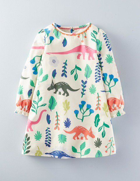 Because girls can like dinosaurs too. Thank you @Bodenclothing ! https://t.co/eiJhsx0H4s