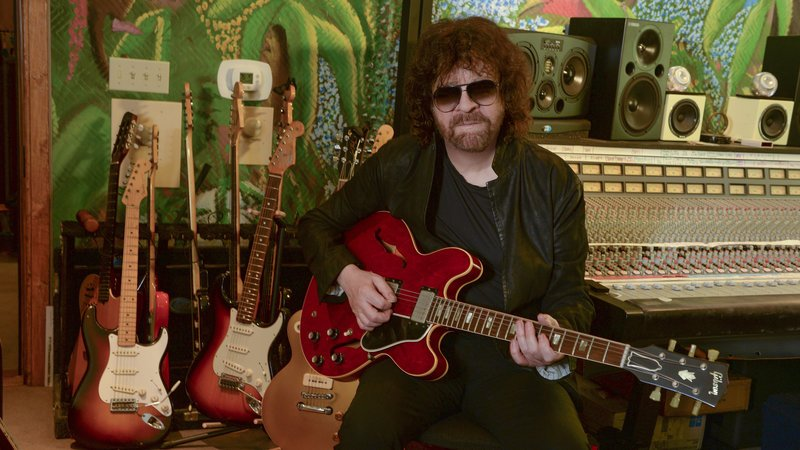 Hear session w/ @JeffLynnesELO's about latest album from todays show, now on @nprmusic! https://t.co/251o59jh9R https://t.co/sbhFGjOdmA