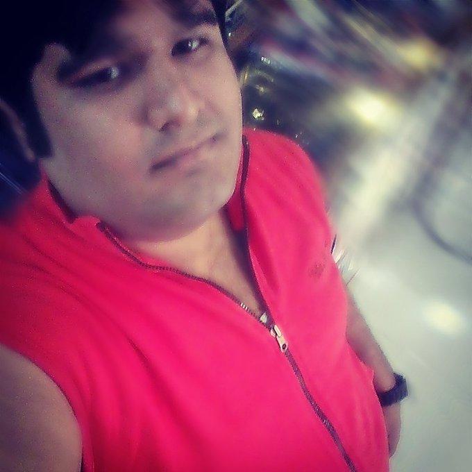 Happy birthday Hrithik Roshan sir god will always be with u regarding Vishal Kukreja