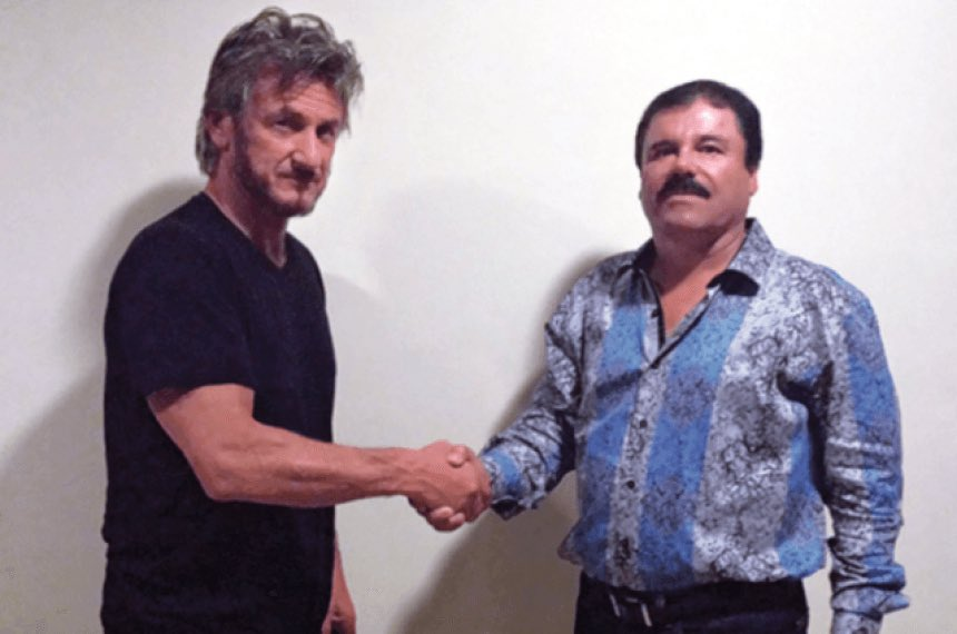 Por la ropa de Sean Penn podría ser el mismo día en que se tomaron las dos fotos??? Qué opinan? https://t.co/5ctrFpxYvM