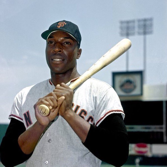 Happy 78th birthday to San Francisco Giants icon, Willie McCovey.