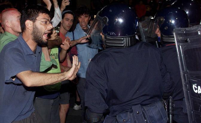 #g8genova lo stato italiano vuole comprare il silenzio dei #noglobal per 45mila euro? No grazie. https://t.co/eEaXcQYLE5