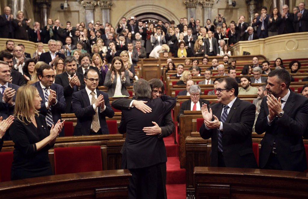 Carles Puigdemont, 130è President de Catalunya. Una nova generació per a un país nou! Orgull gironí i nacional! https://t.co/gkEYBb8TXo