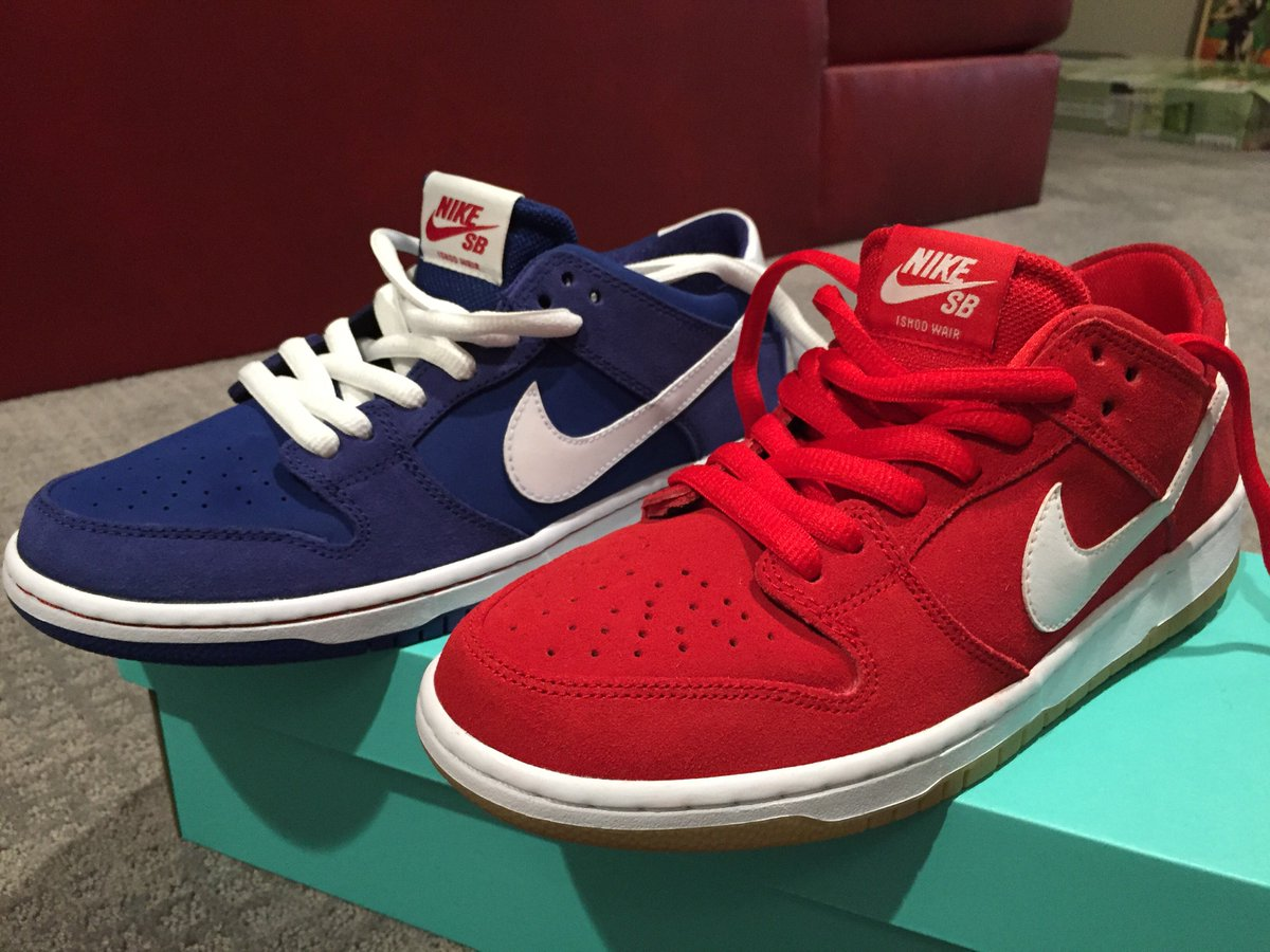 Got the red and the blue shoes!!! @IshodWair X @NikeSB. #wairdunks https://t.co/WbnFyHdRBZ