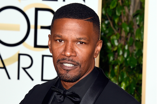Jamie Foxx makes Steve Harvey joke, names StraightOuttaCompton as winner of Best Score