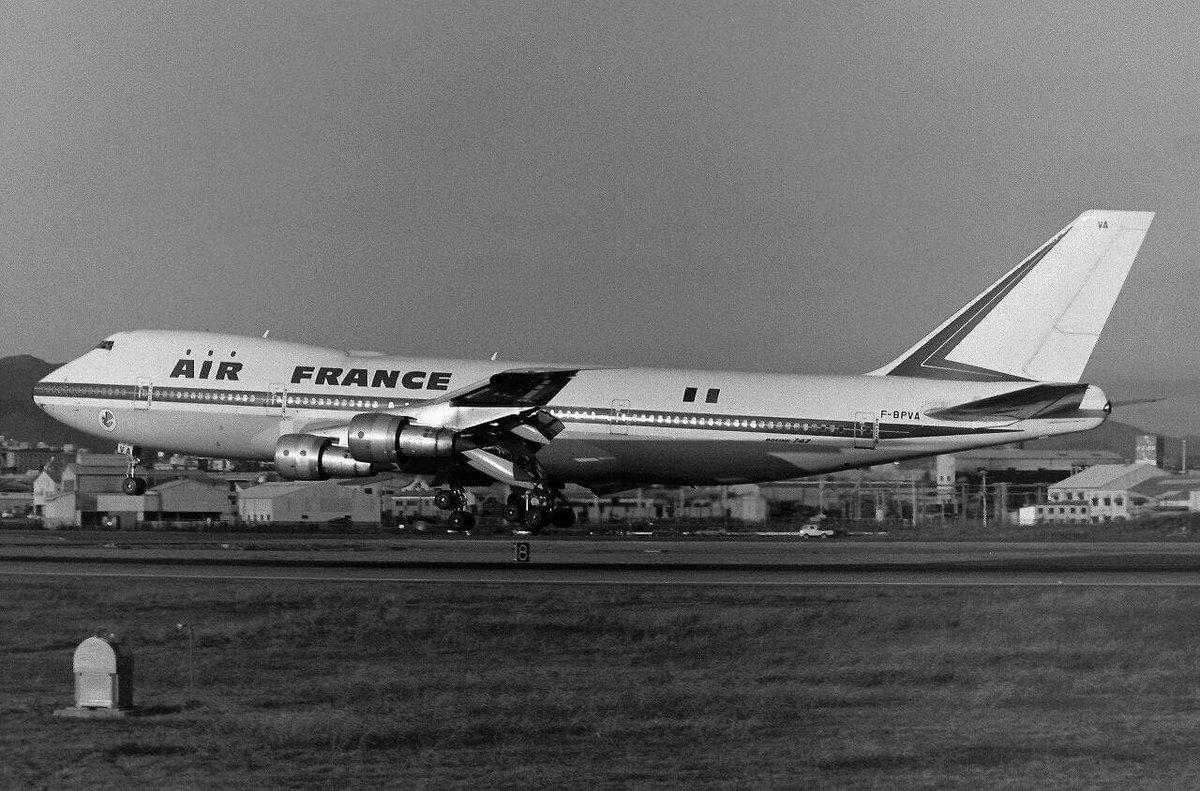 Fue el 3 de junio de 1970, cuando Air France realizó su primer vuelo con el B747. Éste fue entre París y Nueva York https://t.co/1JA2OJZ7J5