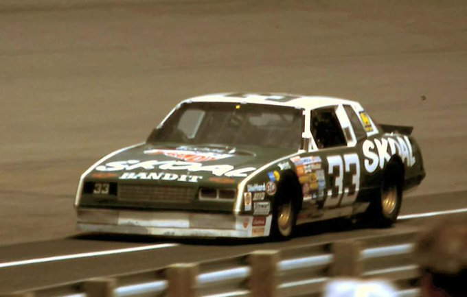 Happy Birthday 76th to The Bandit,Mr September. ........high groove Harry Gant