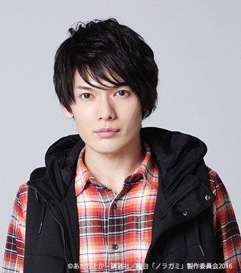 【舞台「ノラガミ-神と願い-」キャラクタービジュアルを公開!】最後はオリジナルキャラクター・優流役:崎山つばささんです!