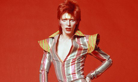 I don't usually do all these RIP tweets, but this is David Bowie. David fucking Bowie. RIP Bowie, you amazing fucker https://t.co/31TYeHaheW