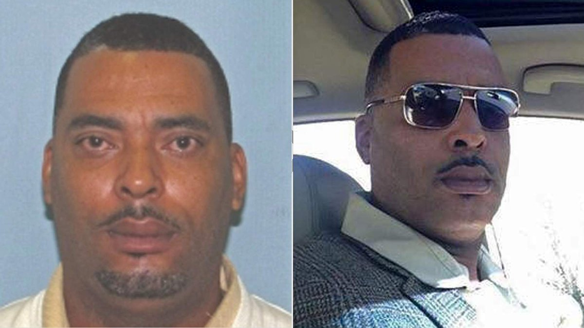 Wanted man sends police selfie to replace mugshot he said made him look 'terrible' https://t.co/VXiyCOWDwC