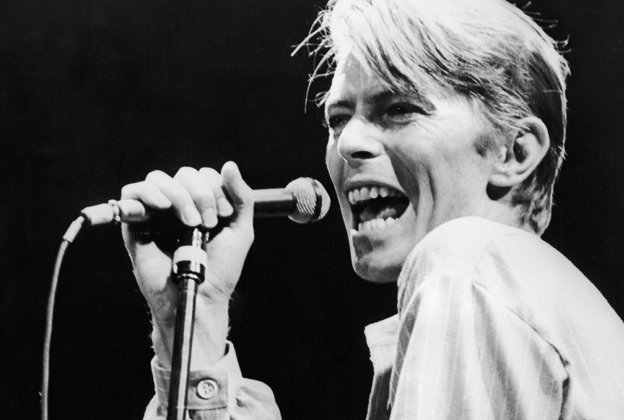 """I don't know where I'm going from here, but I promise it won't be boring."" #RIPDavidBowie https://t.co/FaUwQHLsEZ https://t.co/gAgCQQKQMI"