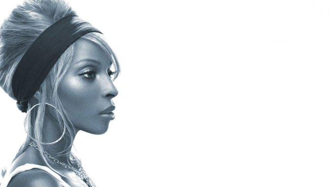 [1971] Performer Mary J Blige is born. Happy birthday Pic: FanArt