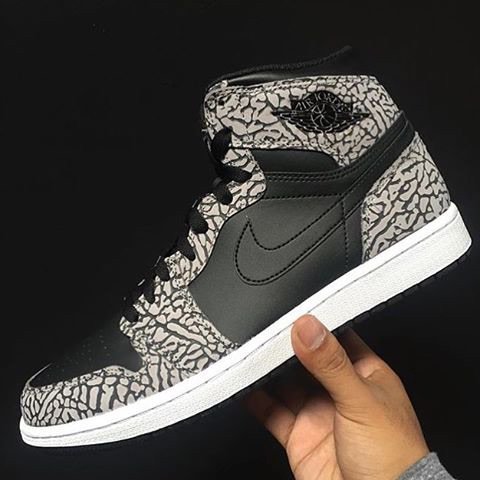 """Black Elephant Print"" Jordan 1 Retro High available for phone order at @Corporategotem 513.771.0432 https://t.co/taIr4Dypk6"