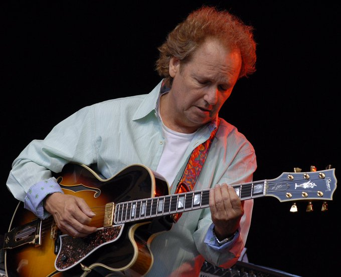 Happy Birthday to American jazz guitarist, session artist and producer, Lee Ritenour, 64 today (11th January)
