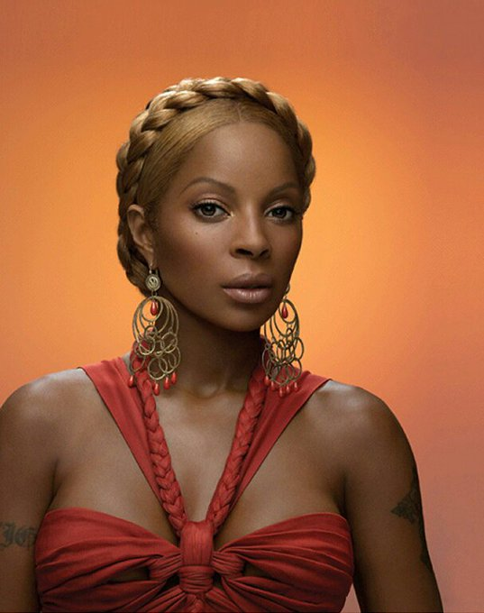 Happy Birthday to the wonderful Mary J. Blige!