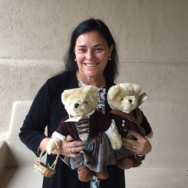 Wishing a very Happy Birthday to Outlander creator Diana Gabaldon!!