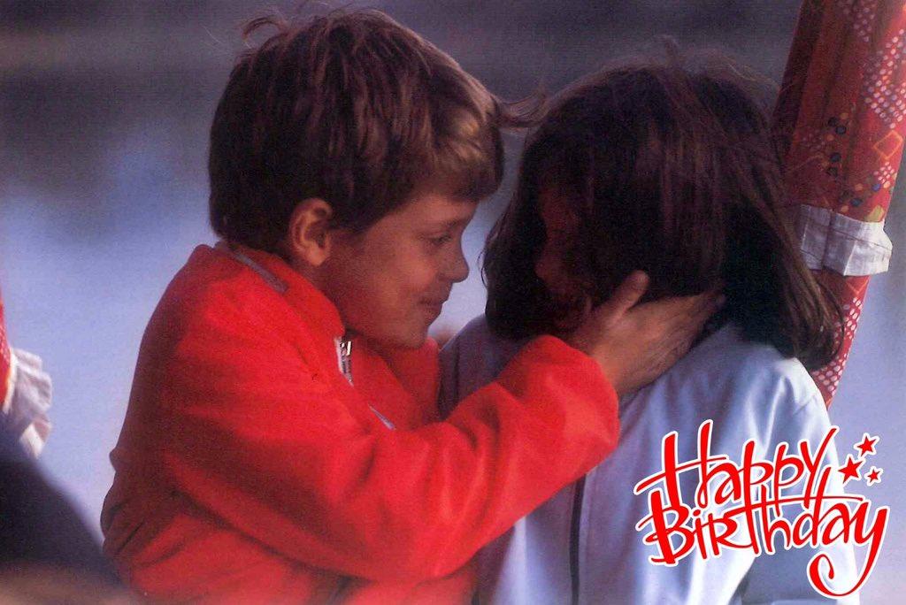 Wishing Priyanka Gandhi a very happy birthday  Picture of young Rahul Gandhi and Priyanka Gandhi