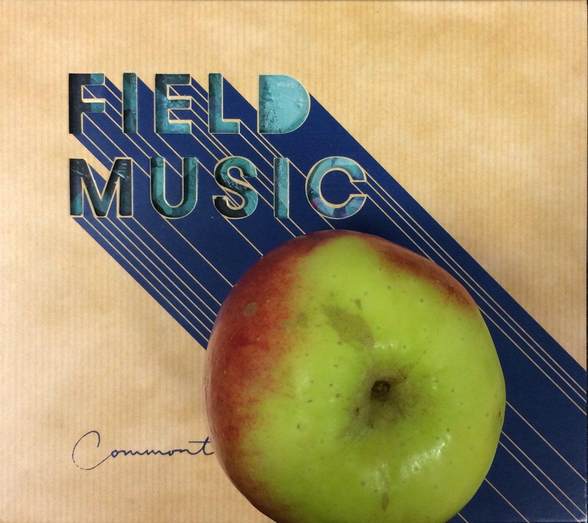 And so to new things. @fieldmusicmusic + @AppleMusic = @zanelowe #WORLDRECORD tonight on @Beats1 https://t.co/XSiUnVIFye