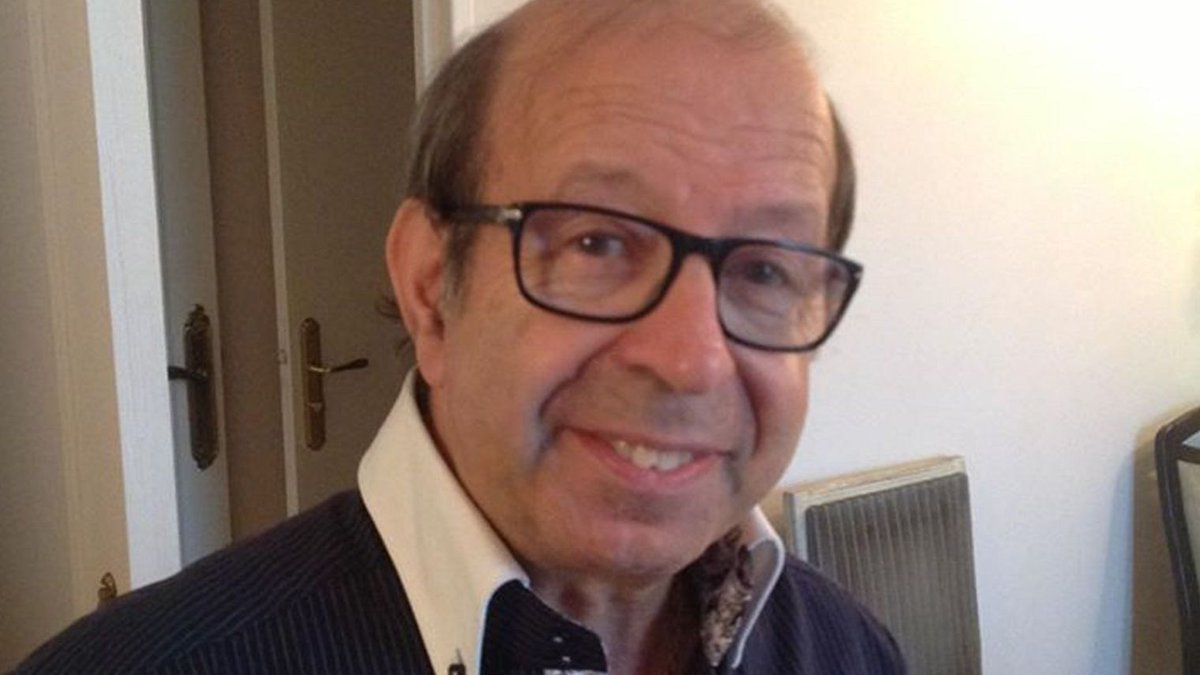 French Jewish local politician found dead with stab wounds in his home https://t.co/90WzD86Ook https://t.co/7VSGXKUPZf