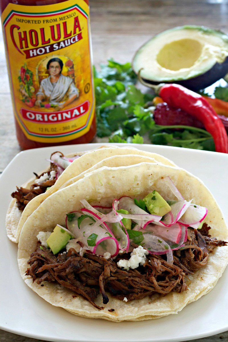 Check out @TastyEverAfter's mouth watering Cholula based shredded beef tacos #TacoTuesday https://t.co/mRbASfpjvv https://t.co/3J8FbxXJGO