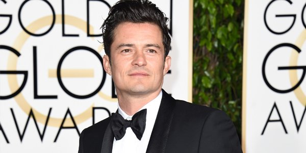 Whether he\s an elf or a swashbuckling pirate, we love Orlando Bloom. Happy bday, Orlando!