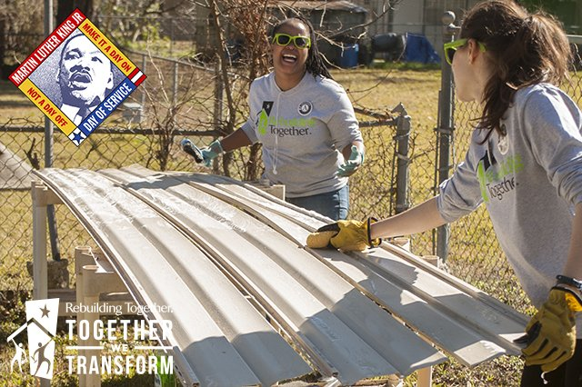 #MLKDay brings together @RebldgTogthr @americorps members to transform communities! https://t.co/ByrFz9RbDQ https://t.co/YEwKx2HvhJ