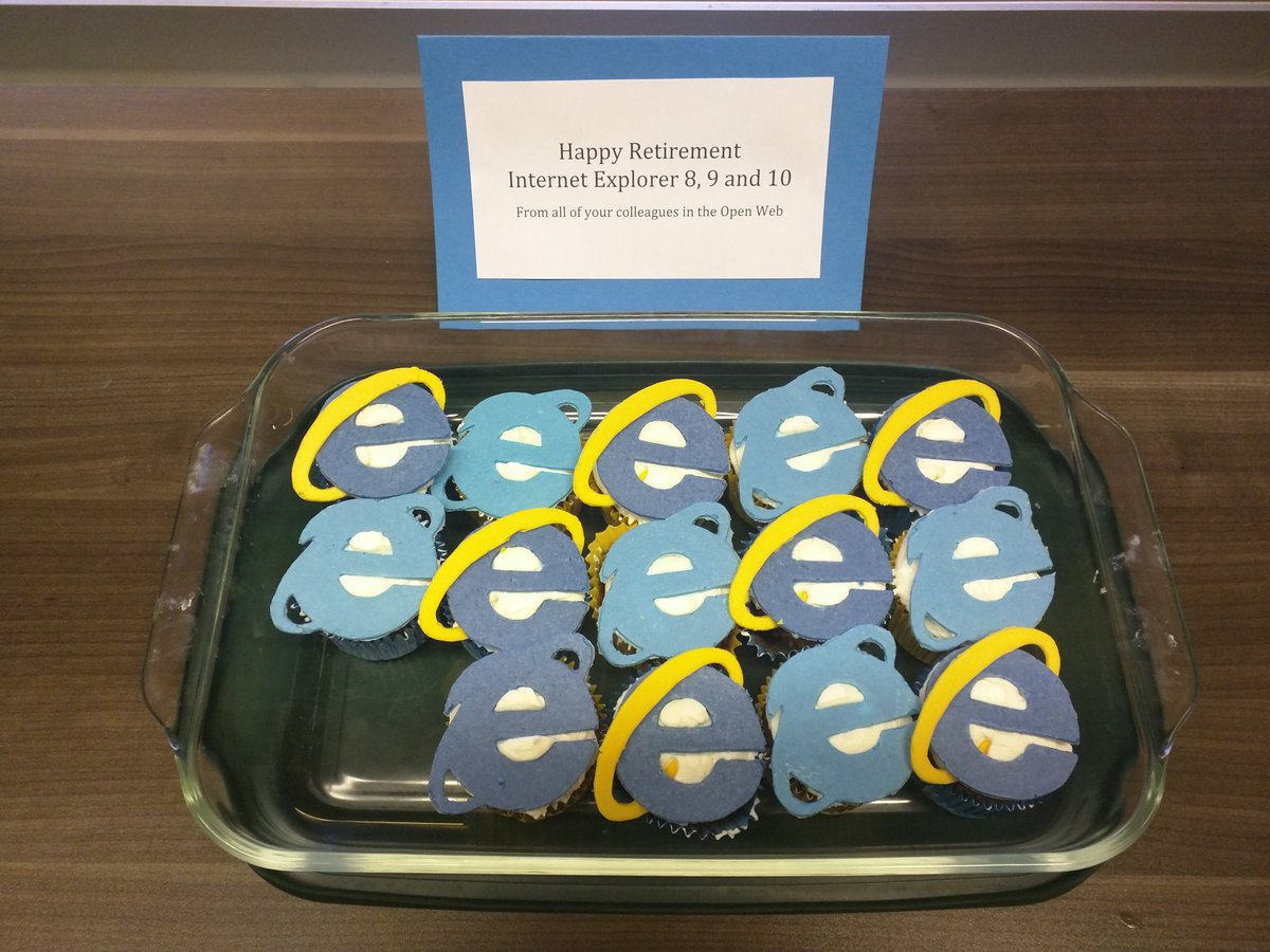 Thanks to @BezoMaxo and @IngridCheung, we're giving Internet Explorer a sweet sendoff into the sunset! https://t.co/FxZfHwn1Uh