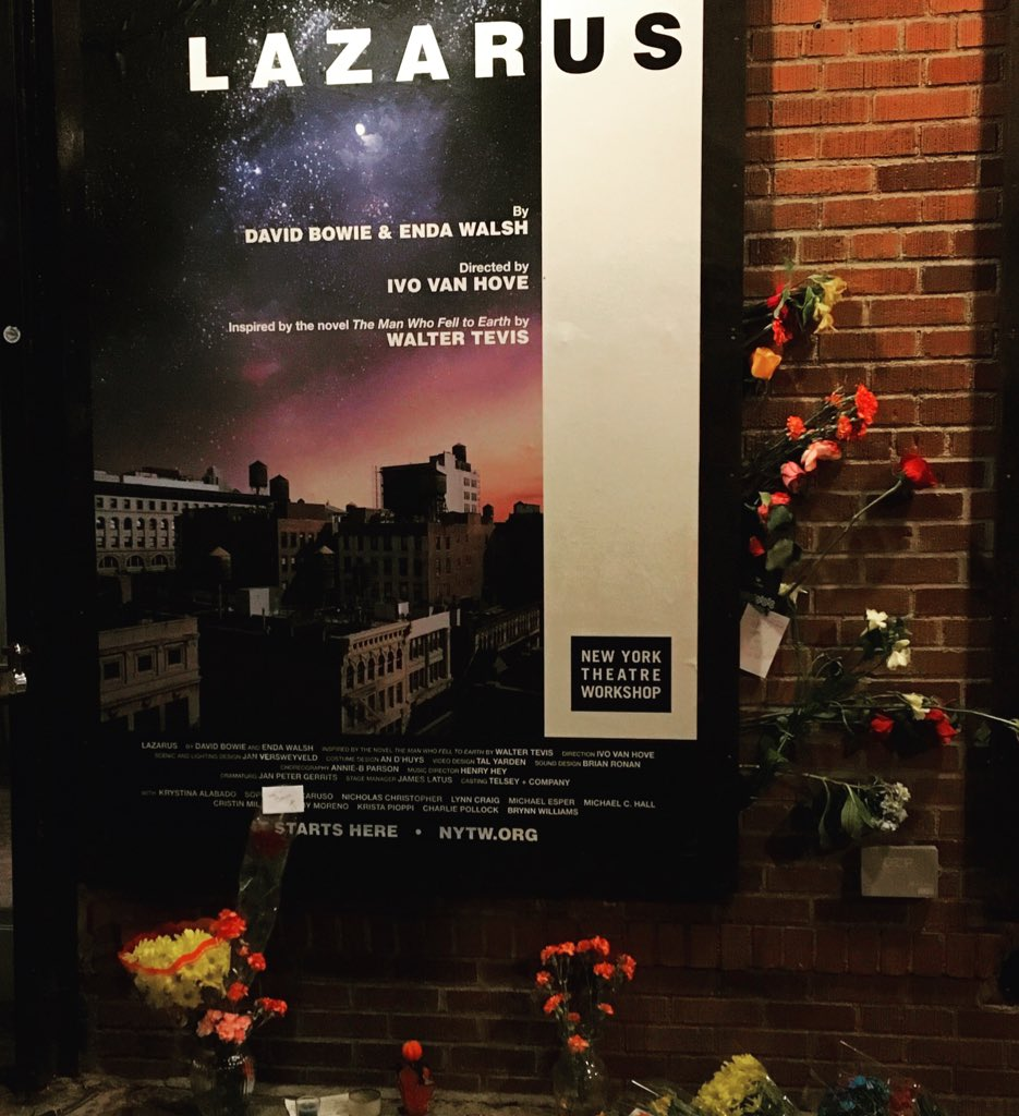 Thank you for all of the beautiful flowers outside NYTW honoring David Bowie. #LazarusNYTW https://t.co/MoF0C0zbKf