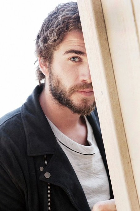 Happy Happy Birthday Liam Hemsworth!! You deserve all the hapiness, we love you so much