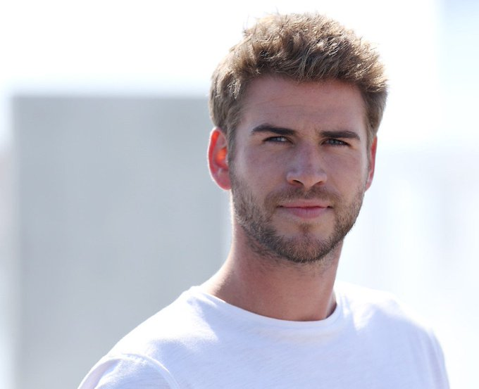 Happy birthday Liam Hemsworth                      ,            !