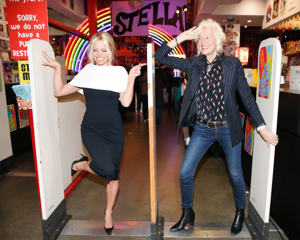 RT @StellaMcCartney: Pamela Anderson and Ellen Von Unwerth enjoying #STELLAmoeba at the iconic LA music store. https://t.co/JAq1hra9FH