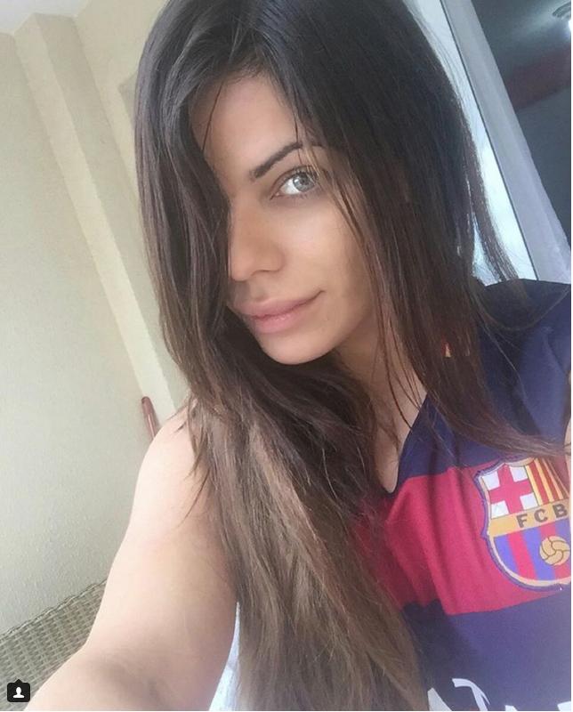 RT @canaltn8: Miss Bumbum festeja el Balón de Oro de Messi con calientesfotos https://t.co/7S5m4MQfWs https://t.co/0M9CrnnHMw