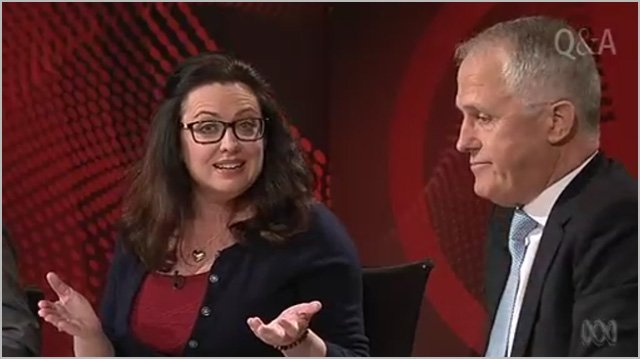 """ABC tech editor claims broadcaster """"gagged"""" his NBN coverage: https://t.co/BbMDUiZoQ0 https://t.co/PyLAzcSO2y"""