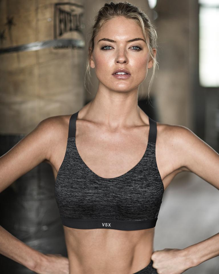FYI: FREE sport pant w/ sport bra purch in US/CAN non-outlet stores! https://t.co/LOSVfDZXVy #ThisIsEpic https://t.co/hxC6ctpTgX