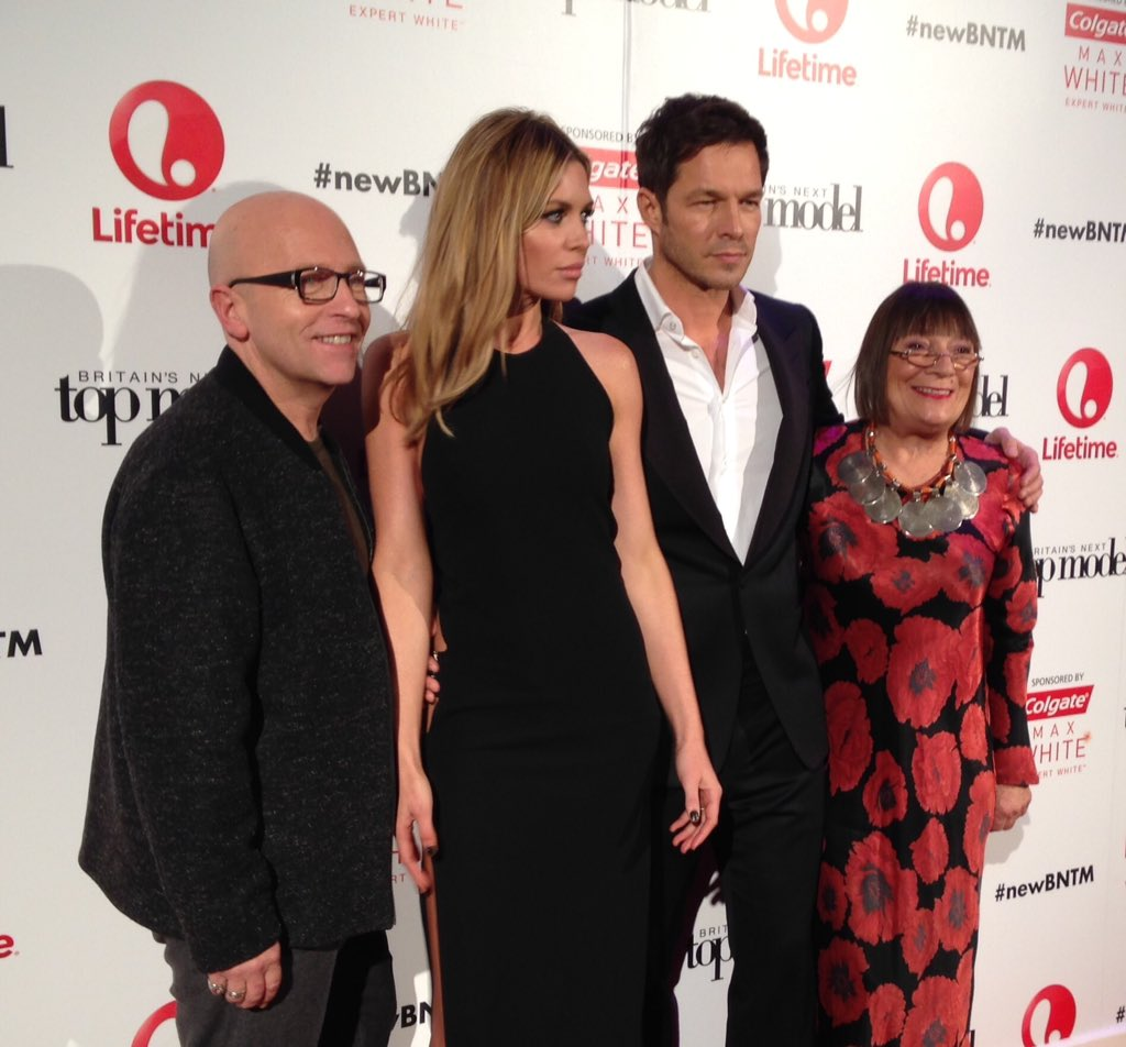 HOW gorgeous do our judges look? @LifetimeTelly #newBNTM https://t.co/c49UiudN4w