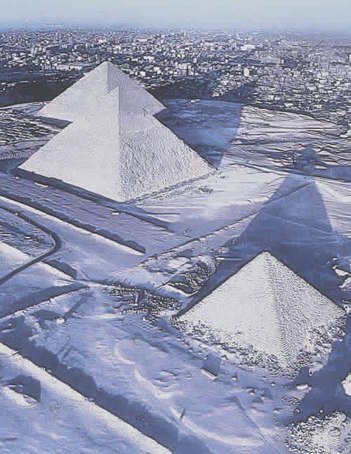 First Snow in Egypt in 112 years #Egypt #Egyptian https://t.co/9rJdnsgIuf