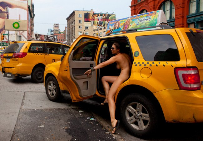 New york naked woman — photo 1