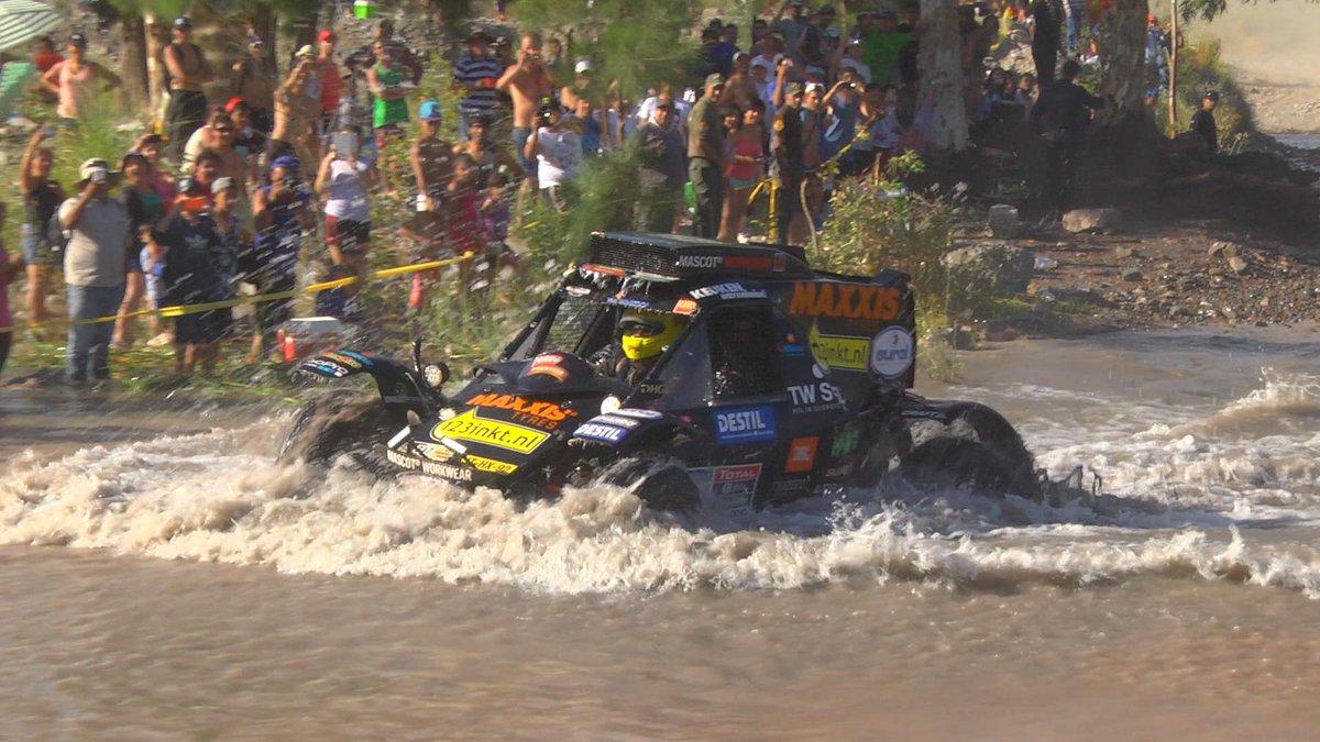 video: @Dakar 2016: Stage 11 highlights; splashing and fesh fesh for @TimCoronel https://t.co/gQR8Wc93rg @TomCoronel https://t.co/DOzmcKhfN1