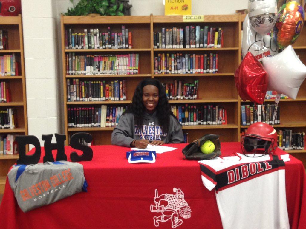 Diboll's Kameri Mott signs to play softball at Galveston College. https://t.co/cBMDnfA034