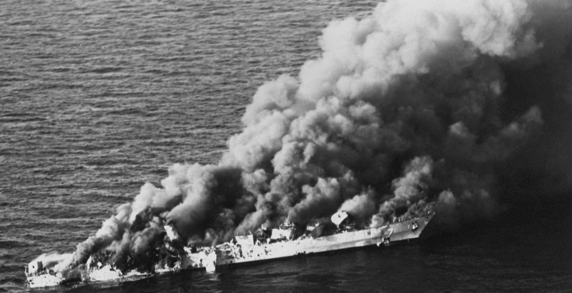 What Reagan Did When Iran Assaulted a Navy Ship https://t.co/q8OBom4SF4 https://t.co/2es3Rgf5t0