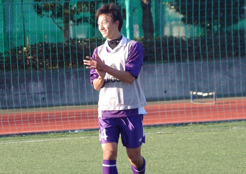 リオ五輪アジア地区最終予選決勝戦 U-23日本代表vsU-23韓国代表の試合が3-2で終了し、U-23日本代表はアジア王座に輝きました! 今大会、室屋は6試合中5試合に出場し、1アシストを記録しました☆応援ありがとうございました! https://t.co/VSU1ibp91E