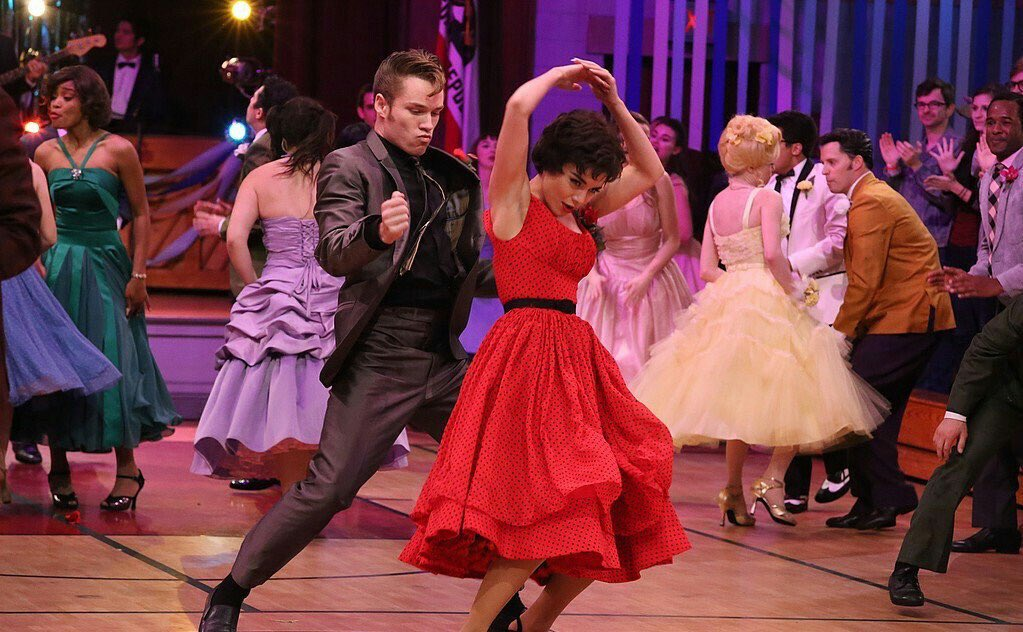 One day until I get vulgar with #vanessahudgens at the high school dance #greaselive https://t.co/vcfbXz51Pk