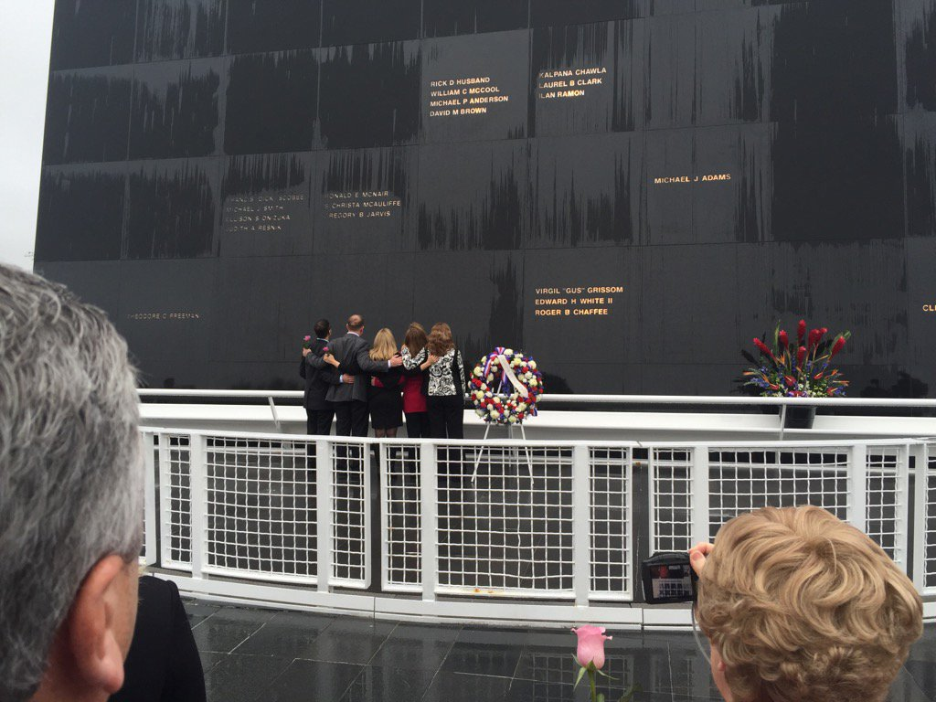 Honoring all fallen astronauts in the line of duty. Gatherings, like this one at KSC, occur all over the US today. https://t.co/SPGeOKcZKI