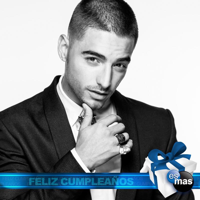 Hoy le deseamos un feliz cumpleaños al guapísimo @maluma. ¿Cuál es tu canción favorita de este talentoso chico? https://t.co/jAp2I2AsGi