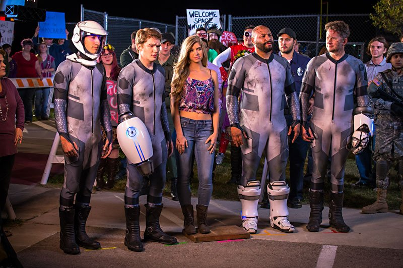 .@RoosterTeeth's $2.5 million crowdfunded film LAZER TEAM finally sees the big screen. https://t.co/RIE9pVJE0q https://t.co/uNbOqRvXS9
